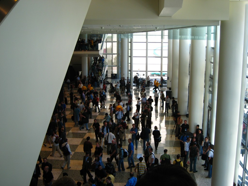 Inside Moscone. Keynote day.-9.jpg
