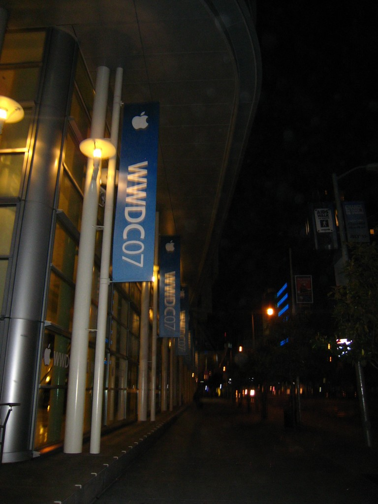 Moscone Center at Midnight.jpg