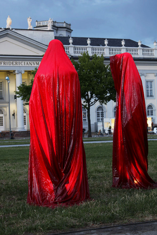 contemporary-arts-documenta-kassel-time-guards-manfred-kielnhofer-sculpture.jpg