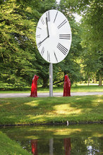 contemporary-art-documenta-show-sculpture-time-guards-kili-manfred-kielnhofer.jpg