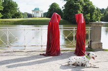contemporary-art-show-documenta-show-time-guards-manfred-kielnhofer.jpg
