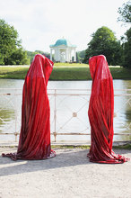 contemporary-art-show-documenta-show-time-guards-sculpture-manfred-kielnhofer.jpg