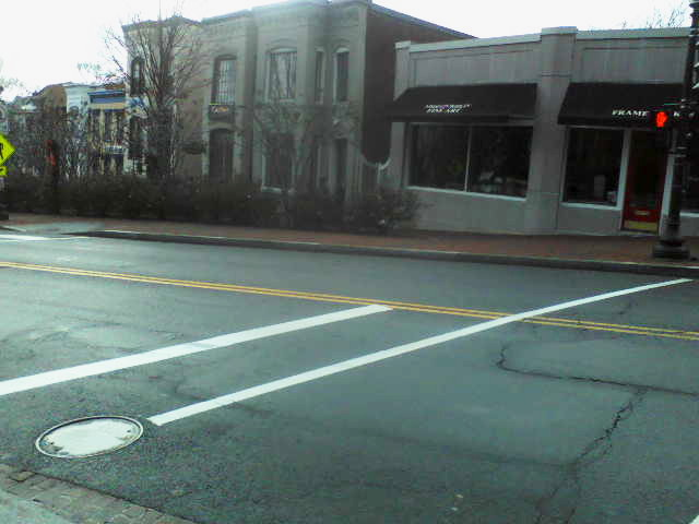 dqt0016wisconsin ave,33st dc pm0211 dec292012 sat.jpg
