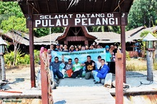 Welcome to Pulau Pelangi.JPG