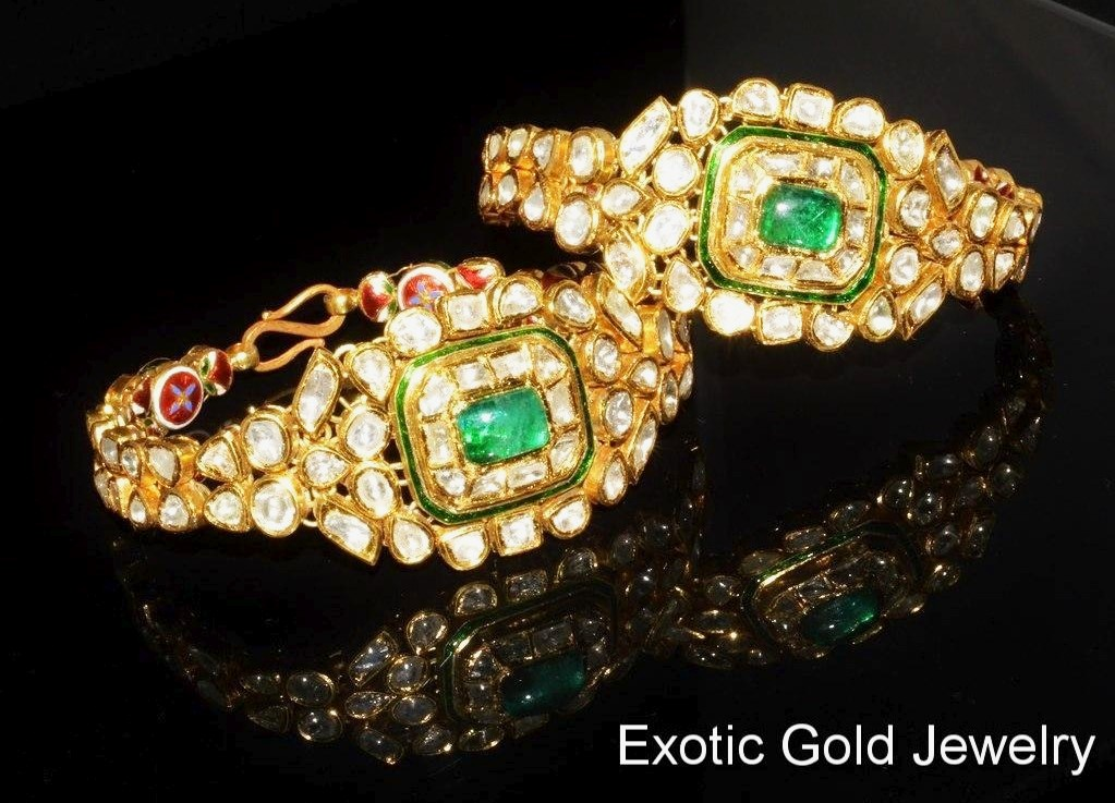 18k Gold Bangles – Exotic Gold Jewelry